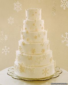 Browse our Good Things for wedding cakes, from cake topper ideas to DIY wedding cake embellishments. Snowflake Wedding Cake, Diy Wedding Cake, Wedding Candy, Martha Stewart Weddings, Pretty Cakes, Beautiful Cakes, Amazing Cakes, Wedding Cake Embellishments, Meringue Cake