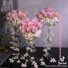 Fake Flowers Decor, Diy Flowers, Paper Flowers, Wedding Crafts, Diy Wedding Decorations, Diy Quinceanera Decorations, Diy Centerpieces, Wedding Flower Centerpieces, Fishbowl Centerpiece
