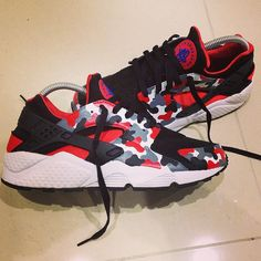 new style 18c9e 98fb7 Custom Huarache Sneakers Trainers Footwear Red Camo Black Grey Dope  Exclusive Black Huarache, Nike Air