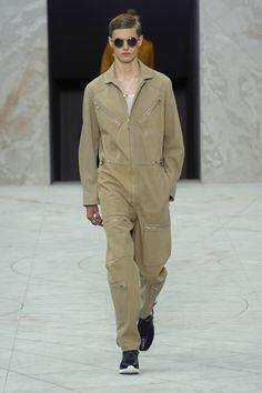 Louis-Vuitton-Men-Spring-Summer-2015-Paris-Fashion-Week-Collection-010