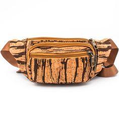 Gürteltasche «Dark Stripe» aus Kork – Vegane Bauchtasche – Waist bag Vegan Wallet, Cork Fabric, Striped Bags, Vegan Handbags, Moda Emo, Hip Bag, Unique Bags, Card Wallet, Other Accessories