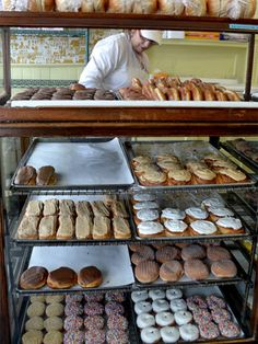 Bloedow Bakery Winona Minnesota - Minnesota Travel Ideas - Country Living