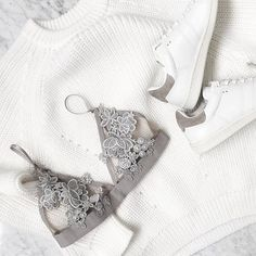 Beautiful gray bralette, white knitwear and white Adidas sneakers <3 Check out YouQueen.com for more fashion inspiration