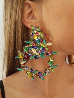 Statement Ohrringe von HelenaDia Romantic Dinners, Jewlery, Makeup Looks, Bracelets, Earrings, Fashion, Stud Earrings, Accessories, Neck Chain