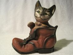 Vintage Kitten in Boot Hand Painted Pussy Cat Shoe Figurine.