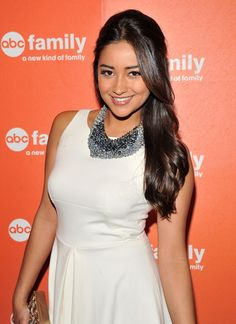 Shay Mitchell Half Up Half Down