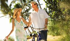 Cycling Sanibel Island :: Area Features :: Sanibel-Captiva, Florida - Let Sunny Day Guide help plan your next family vacation and fully experience the Sanibel-Captiva Islands of Florida.