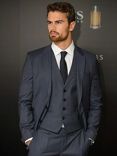 Star Tracks: Friday, September 18, 2015 | 'BOSS' MAN | We think Hugo Boss made a good choice in picking the face of its new scent, right? Divergent's Theo James looks extra-dapper at the unveiling event in London on Thursday.
