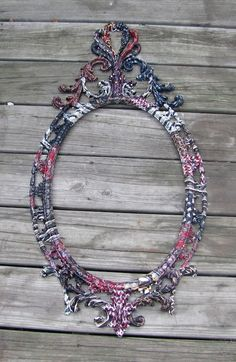 Dishfunctional Designs: Tie One On! Upcycled and Repurposed Neckties Interesting but a lot of work Tie Crafts, Frame Crafts, Bracelet Making, Jewelry Making, Old Ties, Tie Quilt, How To Make Pillows, Diy Art, Repurposed
