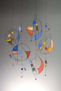 Grade 2 sculpture unit idea - Very Miro - Kandinsky - Calderish ! Sculpture Projects, Art Sculpture, 3d Art Projects, Mobile Sculpture, Sculpture Ideas, Ecole Art, Kinetic Art, Art Classroom, Wire Art