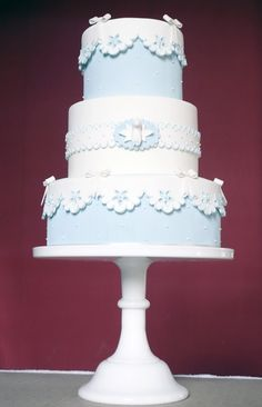 Baptism cake www.cupcake-franciscaneves.blogspot.com