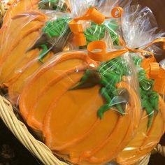 Pumpkin shortbread cookies