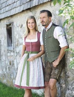 Post with 5363 votes and 155543 views. Tagged with germany, austria, dress, dirndl, traditional wear; Actually GOOD Austrian Trachten & Dirndl! Drindl Dress, Men Dress Up, Trendy Dresses, Trendy Outfits, German Costume, How To Wear Scarves, Traditional Dresses, Fashion Boutique, Spring Outfits
