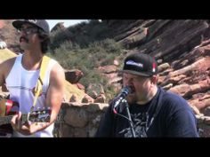 THE EXPENDABLES - One Drop - acoustic MoBoogie Session at Red Rocks