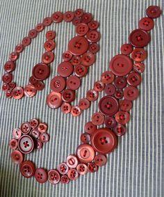 Button Monogram Y