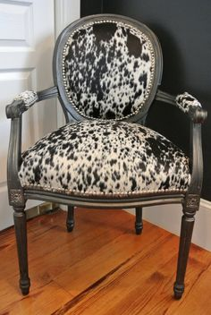 Western Furniture for great Living Rooms Cowhide Furniture, Cowhide Chair, Western Furniture, Cabin Furniture, Furniture Reupholstery, Reupholster Furniture, Funky Furniture, Recycled Furniture, Furniture Stores