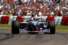 Damon Hill (Rothmans Williams Renault), Williams FW18 - Renault RS8 3.0 V10, 1996 Canadian Grand Prix, Circuit Gilles Villenuve