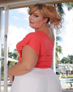 PAWG Tiffany Star shows off he assets @plumperpass Plumperpass today
