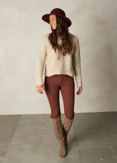 This cropped sweater has a relaxed fit and is made of chunky wool blend, like a classic fisherman's sweater. Head to prAna.com for more eco friendly basics to complete your capsule wardrobe for fall and winter.