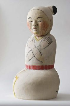 MY FAVORITE ARTIST! Akio Takamori. I made a set of cups in HS inspired by this man. Such an inspiration.