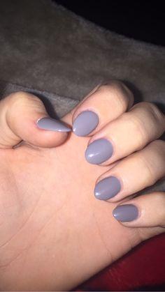 Short stiletto almond round grey nails gray