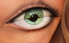 Photo of lips made up to look like an eyeball by Sandra Holmbom