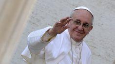 Freira não sabia que estava grávida, deu à luz e deu o nome do Papa ao filho