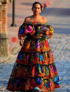 Chiapas-Traditional-Dress