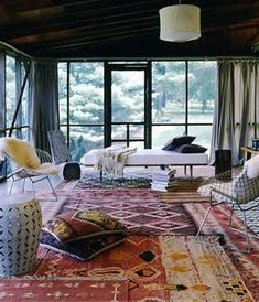 love, love, love screen porches!I love the total sense of serenity when you  are relaxing in it. i love the decor, ceiling, light fixture and i want that rug!
