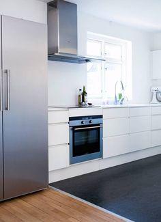 Kjøkken Mette Helena Kitchen Inspirations, House, Home, Dining, Kitchen Cabinets, Cabinet, Minimal Kitchen, Kitchen Dining Room, Kitchen Dining