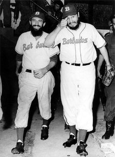Barbudos - Fidel Castro and Camilo Cienfuegos