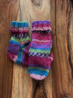 Excited To Share This Item From My Etsy Shop Hand # aufgeregt, diesen artikel von my etsy shop hand zu teilen # excité de partager cet article de ma main de boutique etsy Comfy Socks, Warm Socks, Cute Socks, Woolen Socks, Cotton Socks, Knitting Socks, Hand Knitting, Multi Coloured Socks, Mixed Fiber