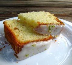 Bolo Azedinho de Limão com Glacê de Açúcar