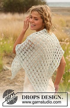 """Ravelry: 130-32 Shawl in """"Cotton Viscose"""" pattern by DROPS design"""