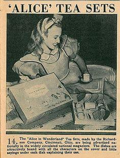 Alice in Wonderland (1933) Tea set
