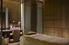 Peter Remedios' and spa treatment room design of The Ritz-Carlton, Kyoto Spa Design, Spa Interior Design, Salon Design, Home Spa Room, Spa Rooms, Pool Spa, Japanese Spa, Spa Treatment Room, Wellness Spa