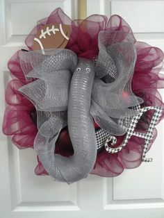 Alabama elephant wreath- OK I made this elephant for a tree topper last Christmas. This will me my next deco mesh wreath.  LOVE IT!
