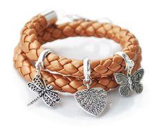 Hand made bracelet; more on www.facebook.com/BizuteriaLowyt