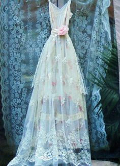 Lace roses dress wedding cream ivory cream floral romantic