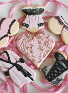 Victoria's Secret Lingerie Cookies I made for Dallas Shaw; By Zoë Lukas of Whipped Bakeshop in Philadelphia Victoria Secret Cake, Victoria Secret Lingerie, Valentine Cookies, Cupcake Cookies, Birthday Cookies, Cupcakes, Lingerie Cookies, Edible Printing, Neck And Back Pain