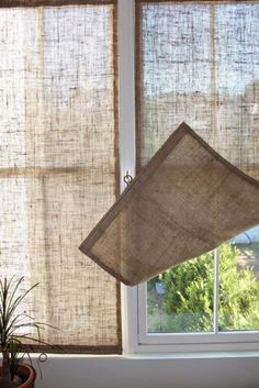 DIY Projects with Burlap and Creative Burlap Crafts for Home Decor, Gifts and More | DIY Burlap Shades | http://diyjoy.com/diy-projects-with-burlap