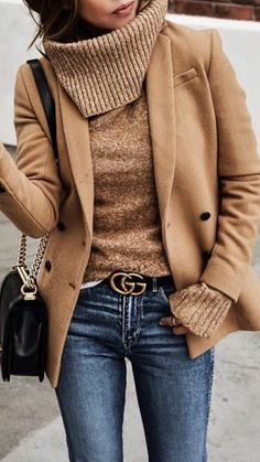 stylish look / blazer sweater bag skinny jeans Winter Fashion Outfits, Fall Winter Outfits, Autumn Winter Fashion, Winter Clothes, Winter Fashion Women, Spring Fashion, Chic Fall Fashion, Summer Fashions, Cold Weather Outfits