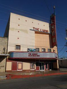 Lynn Theatre - Dec 2012 - Gonzales, Texas - Wikipedia, the free encyclopedia