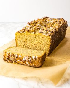 Try this keto pumpkin bread that's full of warm spices and delicious pumpkin flavor. It's sweet, spicy, and incredibly moist. Plus, it's made with almond flour and coconut flour -- so you know it's low-carb and gluten-free. Baby Food Recipes, Gluten Free Recipes, Mexican Food Recipes, Low Carb Recipes, Baking Recipes, Snack Recipes, Dessert Recipes, Ketogenic Recipes, Pain Keto