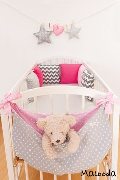Baby power in relationships - Relationship Goals Baby Bedroom, Baby Room Decor, Kids Bedroom, Cot Toys, Decoration Creche, Bedding Inspiration, Baby Room Design, Baby Couture, Baby Center