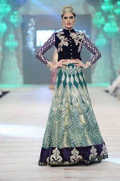 Akif Mahmood Fashion Designer In Pakistan Akif Mahmood graduated in Fashion Design from the Pakista...