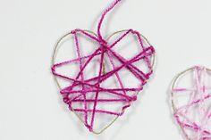 Tolle #Bastelidee für den #Valentinstag! Einfach #Herz- #Traumfaenger. Hier nachmachen. https://www.wummelkiste.de/blog/herz-traumfaenger/