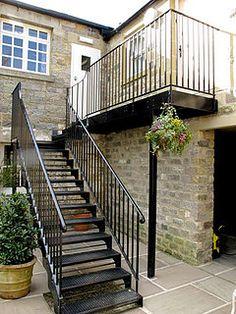 Escaleras met licas exteriores e interiores precios a for Escaleras metalicas exteriores precios