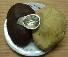 Jak upéct cukroví plněné ořechy   recept Pancakes, Potatoes, Cookies, Vegetables, Breakfast, Desserts, Food, Bakken, Crack Crackers