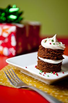 Christmas Gingerbread Cakes